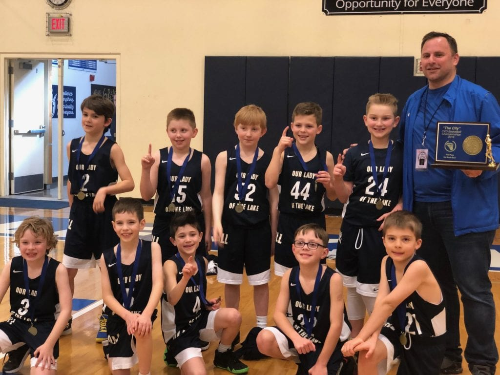 Community involvement is a top priority for Directors Mortgage Founder & CEO Mark J. Hanna, shown here coaching youth basketball in his home state of Oregon.